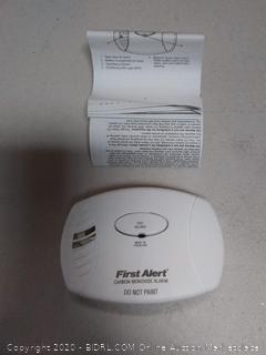 First Alert 1039718/CO400 Battery Powered Carbon Monoxide Alarm