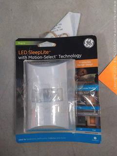 GE White LED Warm Amber Motion Boost Sleep Night Light with 2