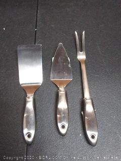 3 count kitchen utensils