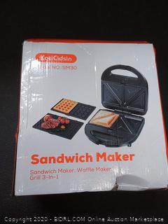 KotiCidsin sandwich maker (powers on)