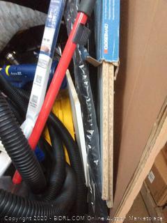 Handy Persons Repair Pallet #30 (Garage Sales, parts, repairs) + some bonus nice items for surprise!