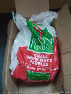 Margo Garden Products 30-lb rain forest Snow White Pebbles