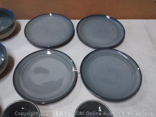 Ellen DeGeneres 16 piece set (missing plates)