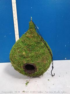 SuperMoss Raindrop Birdhouse with Chain