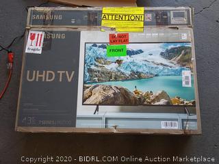 "2019 QLED 4K Q60R 43"" Samsung (powers on) (display cracked) - Online $499"