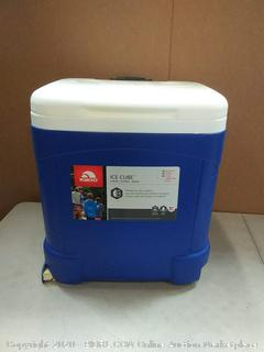 IGLOO Ice Cube 60 qt Roller Cooler( outside plastic cover damaged)