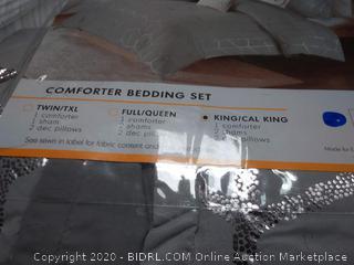 Intelligent Design Raina 5-PieceKing/California King Metallic (hairy)