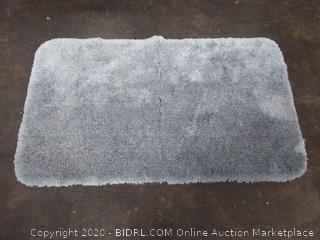 2 by 3 gray bath mat