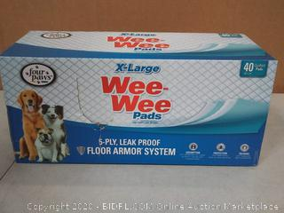 """Four Paws X-Large Wee Wee Pads - 40 Pack (28"""" Long x 30"""" Wide)"""