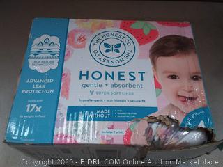 The Honest Company Club Box - Size 4