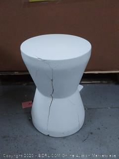Safavieh Torre Outdoor Modern Concrete Accent Table(cracked) online $113