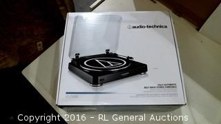 Audio technica Fully Automatic Belt drive Stereo Turntable