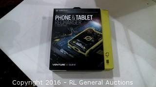 Goal Zero Weatherproof Phone & tablet Recharger + Solar Panel