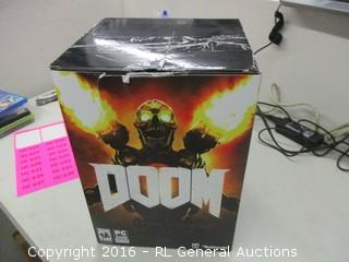 PC Doom Game And Figurine