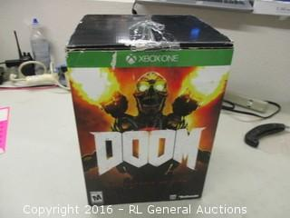 Xboxone Doom Game And Figurine
