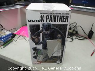 Marvel Black Panther Figurine (Small Damage)
