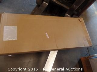 Universal weld Mount Package damaged New in Box