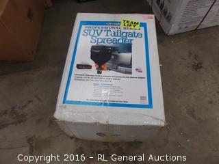 SUV Tailgate Spreader