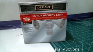 Defiant Motion Security Light
