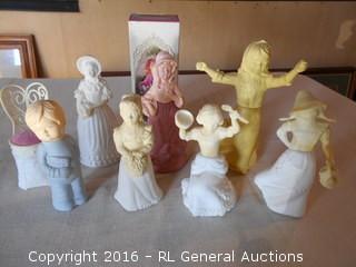 Vintage Avon Bottles Collection - Figurines