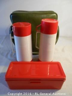 Mint Condition Vintage Aladdin Drink Thermos, Soup Thermos, & Large Sandwhich Box w/ Carry Bag