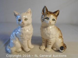 """Pair of Vintage 6.5"""" Ceramic Cats made in Japan"""
