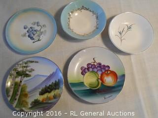 """Vintage Hand Painted Plates Signed Made in Japan 6.25"""" Dia. +"""