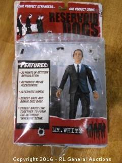 "2001 Artisan Pictures ""Resevoir Dogs"" Mr. White Figurine New in Pack 6.5"" Tall by Mezco"
