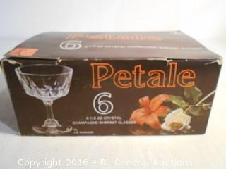 New Vintage Petale (6) 6.5 Ounce Crystal Champagne / Sherbert Glasses by JG Durand