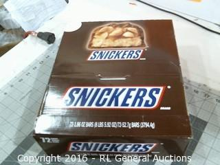 Box Lot Snickers