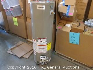 Reliance Automatic Storage water Heater/ Dented See Pics