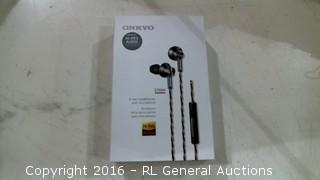 ONKYO Inear Headphones with microphone