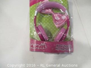 Bow Tastic Headphones