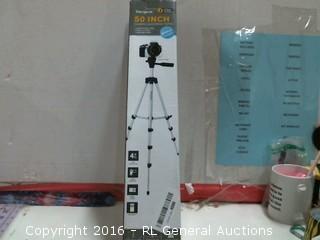 Targus 50 Inch Camera/Camcorder Tripod