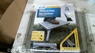 Platform Step (Foot Pad Missing)