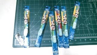 Minnie & Mickey Mouse toothbrushes
