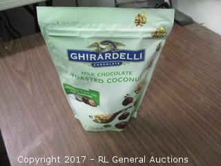 GHIRARDELLI Chocolate Milk Chocolate Toasted Coconut Oat Clusters