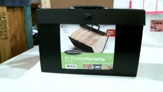 21 Pocket Portafile