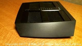 Netgear Nighthawk X6 AC3200 Tri-Band Wifi Router -charger does not fit in console