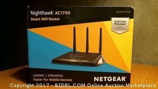 Netgear Nighthawk AC1750 Smart Wifi Router Gaming/Streaming