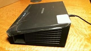 Netgear nighthawk modem router (powers on)