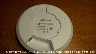 Unifi router