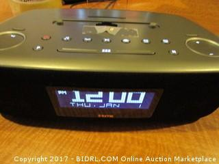 iHome Docking Clock Radio + Dual Charging Broken Powers on Please Preview