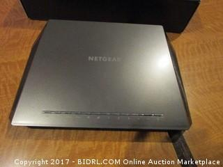 Netgear Nighthawk Smart Wi FI Router  Powers on Please Preview