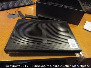 Netgear Nighthawk X8 Smart Wi Fi Router Broken Powers on Please Preview