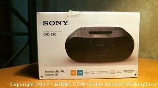 Sony  Boombox Powers on Please Preview