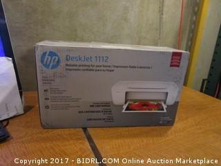 HP deskjet 1112 Printer Powers on Please Preview