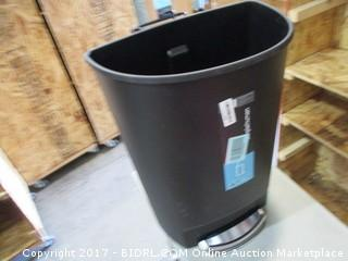 Trash Can/ no lid Please Preview
