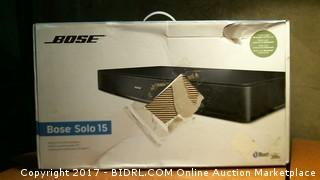 Bose Solo 15 Powers on please preview