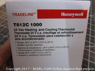 Vac Heating and Cooling Thermostat